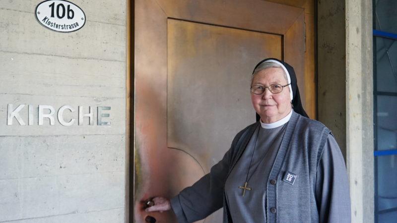 Schwester Christiane Jungo: Ihr Lieblingsort auf dem Klosterhügel ist die Krypta. | © Vera Rüttimann