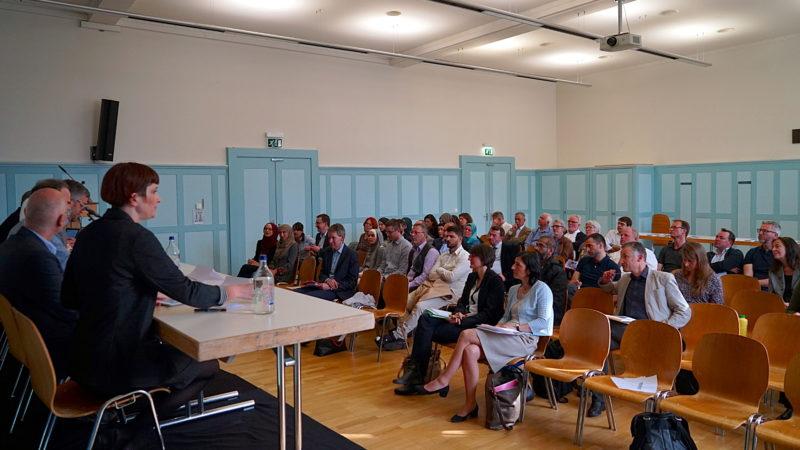 Interessierte Zuhörerschaft am Zürcher Seelsorge-Podium | © Georges Scherrer