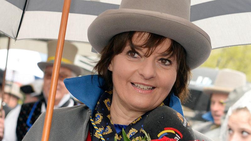 Ruth Metzler präsidiert neu die Stiftung der Päpstlichen Schweizergarde | © keystone
