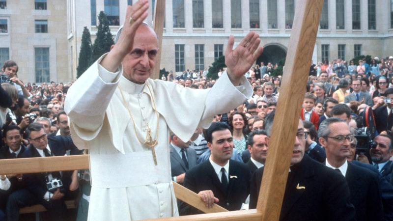 Papst Paul VI. bei seiner Ankunft am 10. Juni 1969 in Genf.  | © kna