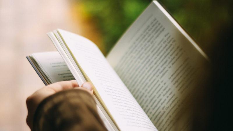 Buch lesen  | © pixabay CCO