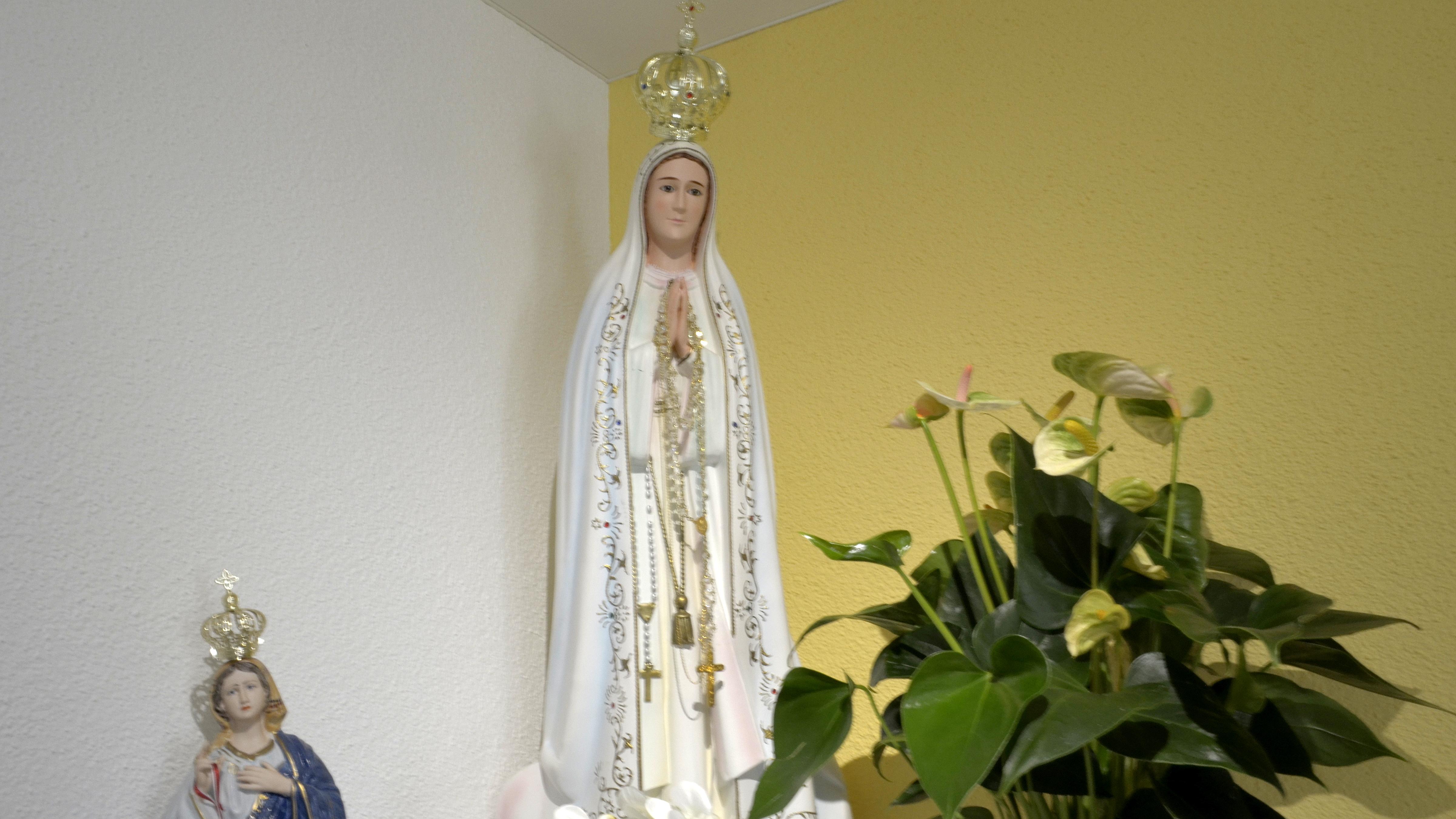 Madonna von Fatima in der Kapelle der portugiesischen Mission Luzern  | © Regula Pfeifer