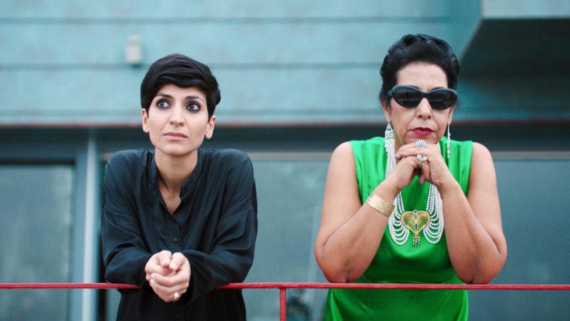 Die Regisseurin Mitra (Neda Rahmanian, links) und ihr Star: die imaginierte Oum Kulthum (Najia Skalli) | © cineworx GmbH