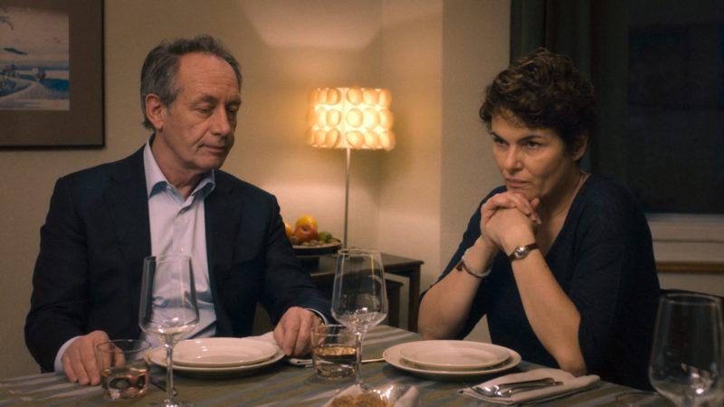 Haben sich nichts mehr zu sagen, obwohl so vieles aufzuarbeiten wäre: André (Robert Hunger-Bühler) und Meredith (Barbara Auer). | © First Hand Films