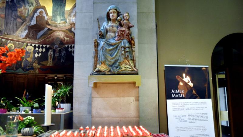 Marienstatue in der Basilika Notre Dame von Lausanne | © Barbara Ludwig
