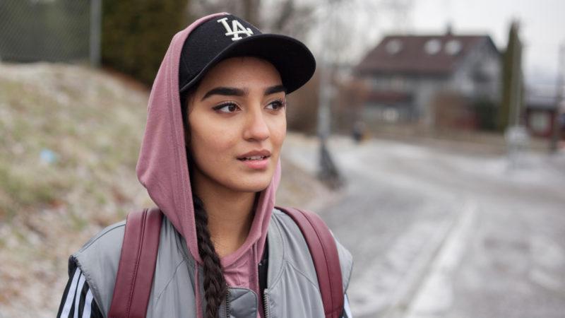 Nisha (Maria Mozhdha) in Norwegen – eine ganz normale junge Frau | © Praesens Film