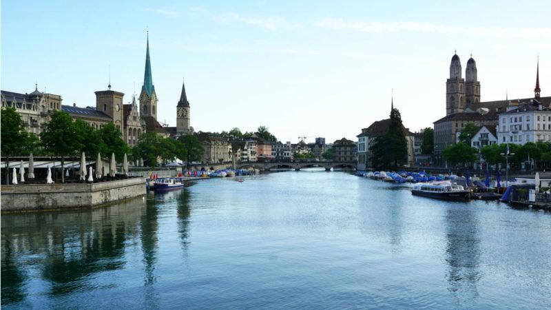Zürich mit Grossmünster (rechts). | © pixabay.com CCO
