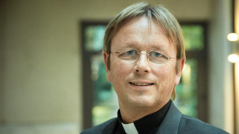Karl Jüsten, Leiter des Kommissariats der deutschen Bischöfe | © KNA