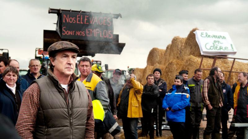 Der Bürgermeister von Mêle-sur-Sarthe, Georges «Balbu» Balbuzard (François Cluzet, vorne links), führt den Bauernaufstand an | © Filmcoopi Zürich