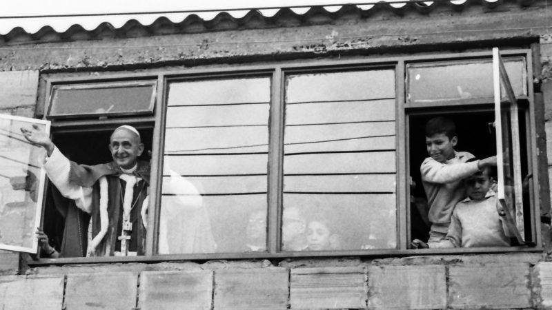 Papst Paul VI. in der in kolumbianischen Stadt Bogota am 24. August 1968.   © KNA