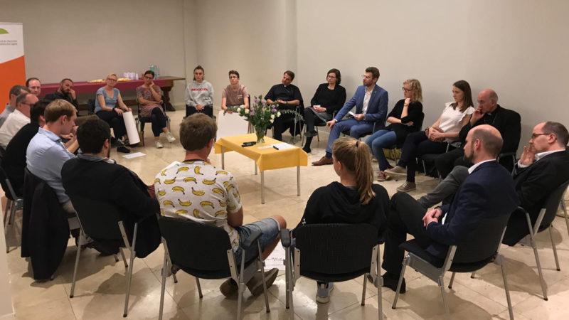Deutschsprachige Bischöfe diskutieren in Rom mit Vertretern von Jugendverbänden | © BDKJ Bundesstelle