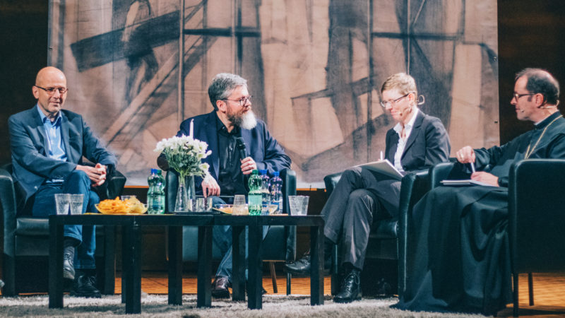 Daniel Kosch, Gregor Emmenegger, Gunda Werner und Abt Urban Federer | © Noomi Krause