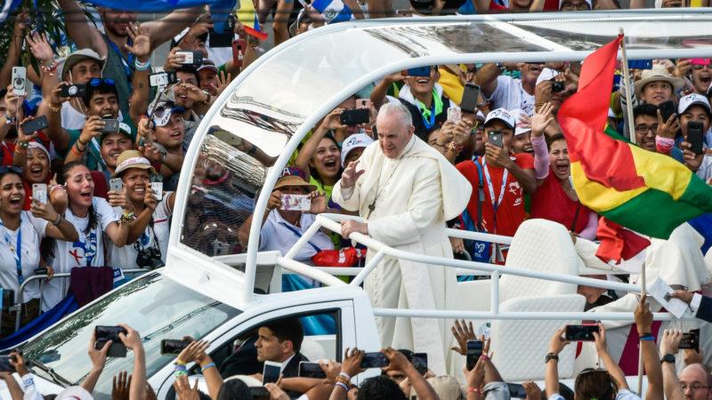 Papst Franziskus am Weltjugendtag in Panama | © KNA