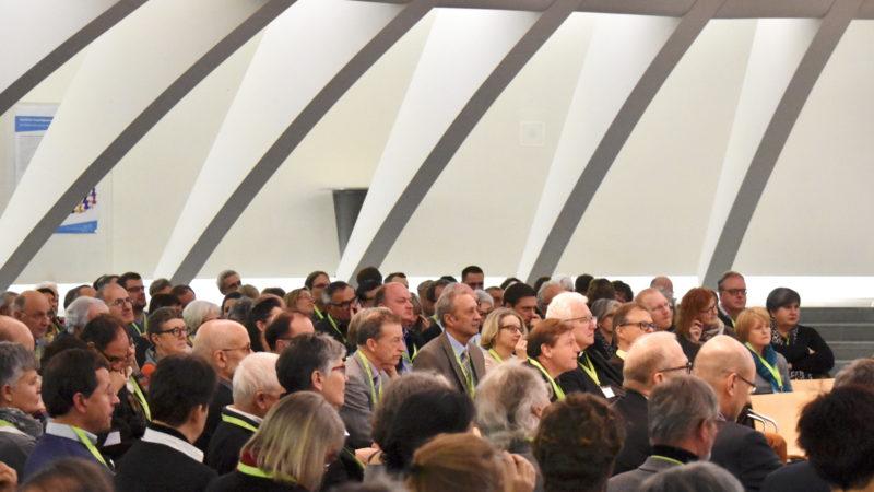 Publikum an der Jubiläumstagung des SPI im St. Galler Pfalzkeller | © Barbara Ludwig