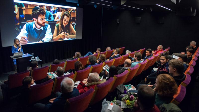 Seraina Rohrer, Direktorin der Solothurner Filmtage, spricht an der Medienkonferenz. | zVg