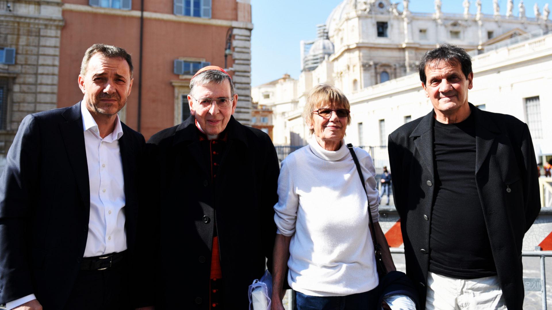 Die Schweizer Delegation zusammen mit Kardinal Kurt Koch (2.v.l.) | © Marco Bonomo