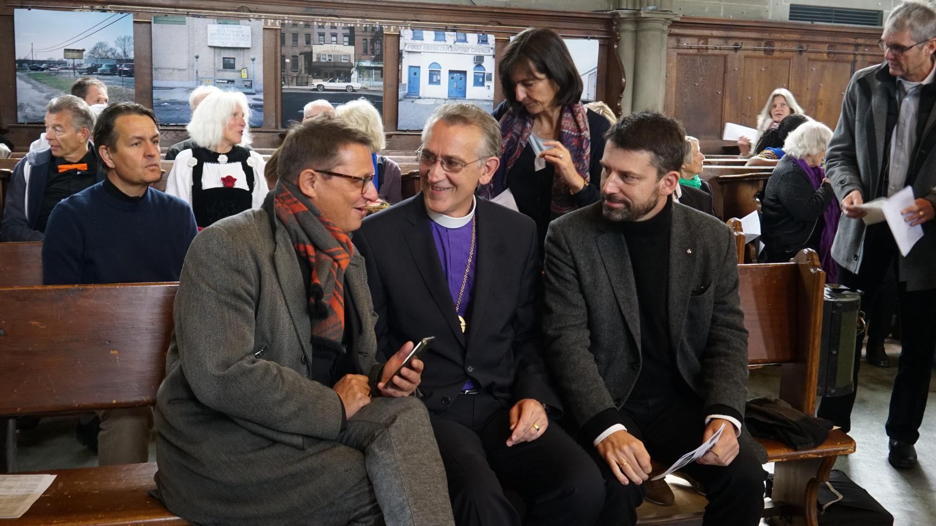 Ein Katholik, ein Christkatolik, ein Reformierter: Felix Gmür, Harald Rein, Gottfried Locher vor dem ökumenischen Festgottesdienst | © Vera Rüttimann