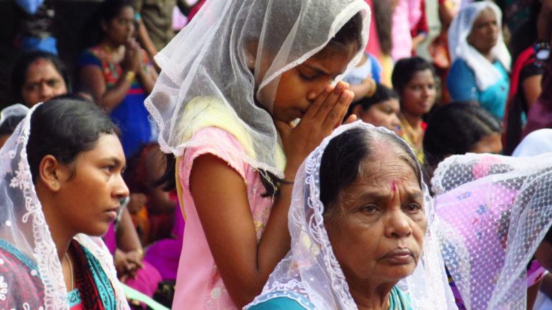 Gläubige in Sri Lanka beim Gebet | © Kirche in Not / Bartek Zytkowiak