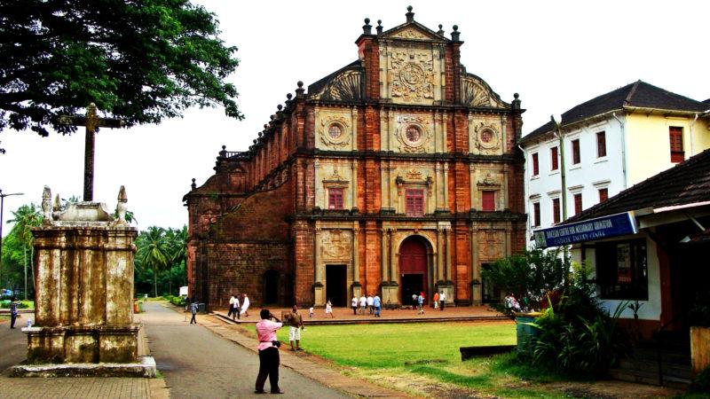 "Kirche in Goa (Indien) | ©  | © <a class=""source-author"" href=""https://pixabay.com/de/photos/goa-basilika-bom-jesus-kirche-dom-172819/"" rel="""" style="""" target=""_blank"" title=""Pixabay/"">Pixabay/</a>, <a class=""licence"" href=""https://pixabay.com/de/service/terms/#license"" rel="""" style="""" target=""_blank"" title=""Pixabay License"">Pixabay License</a>"