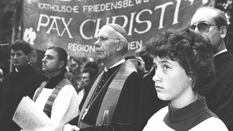 Impressionen der Europäischen-Ökumenischen -Versammlung «Frieden in Gerechtigkeit» 1989 in Basel | © KNA