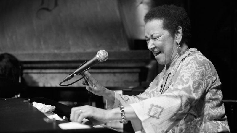 Die 81-jährige Rhoda Scott strahlt ewige Jugend aus | © Henry Schulz/Festival da Jazz