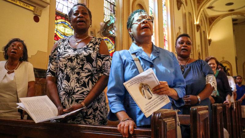 Gottesdienst in der Kirche Our Lady of Mount Carmel am 16. Juli 2018 in New York  | © KNA