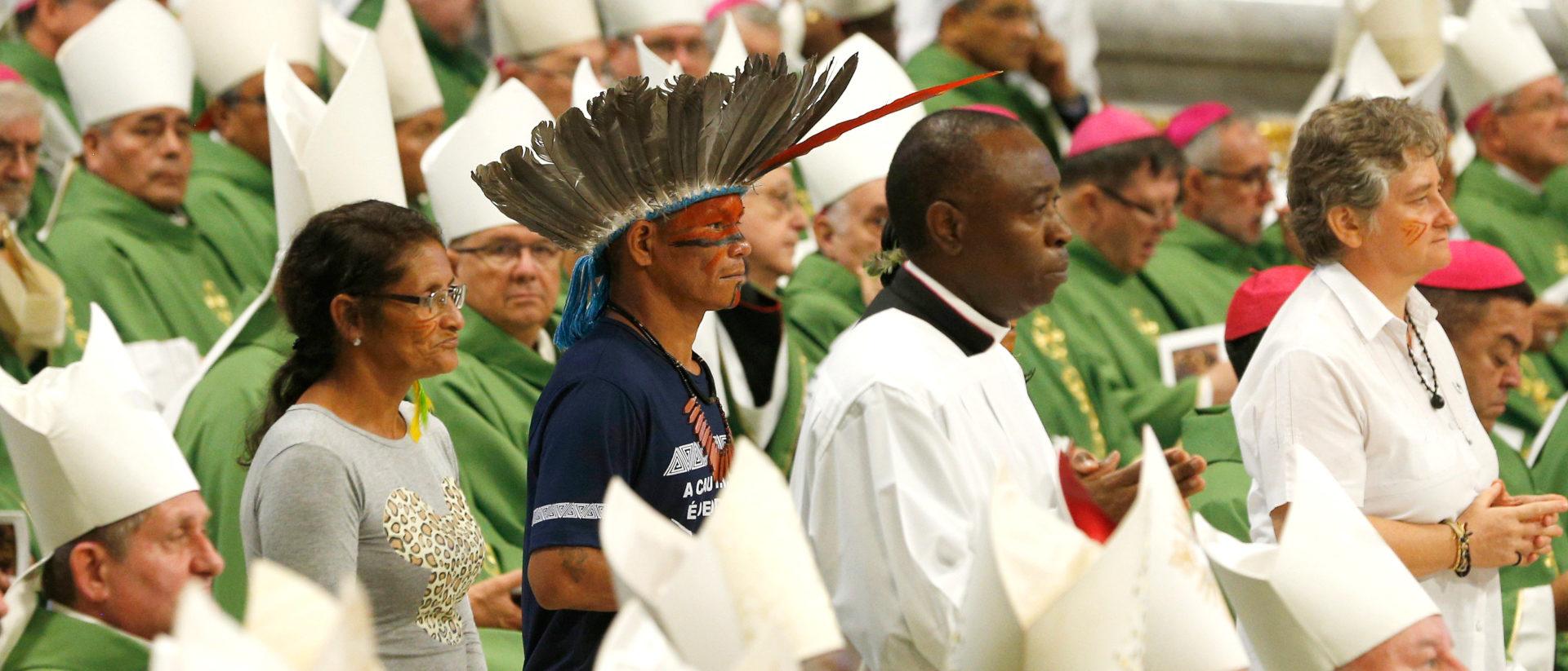 Gottesdienst an der Amazonas-Synode   ©KNA