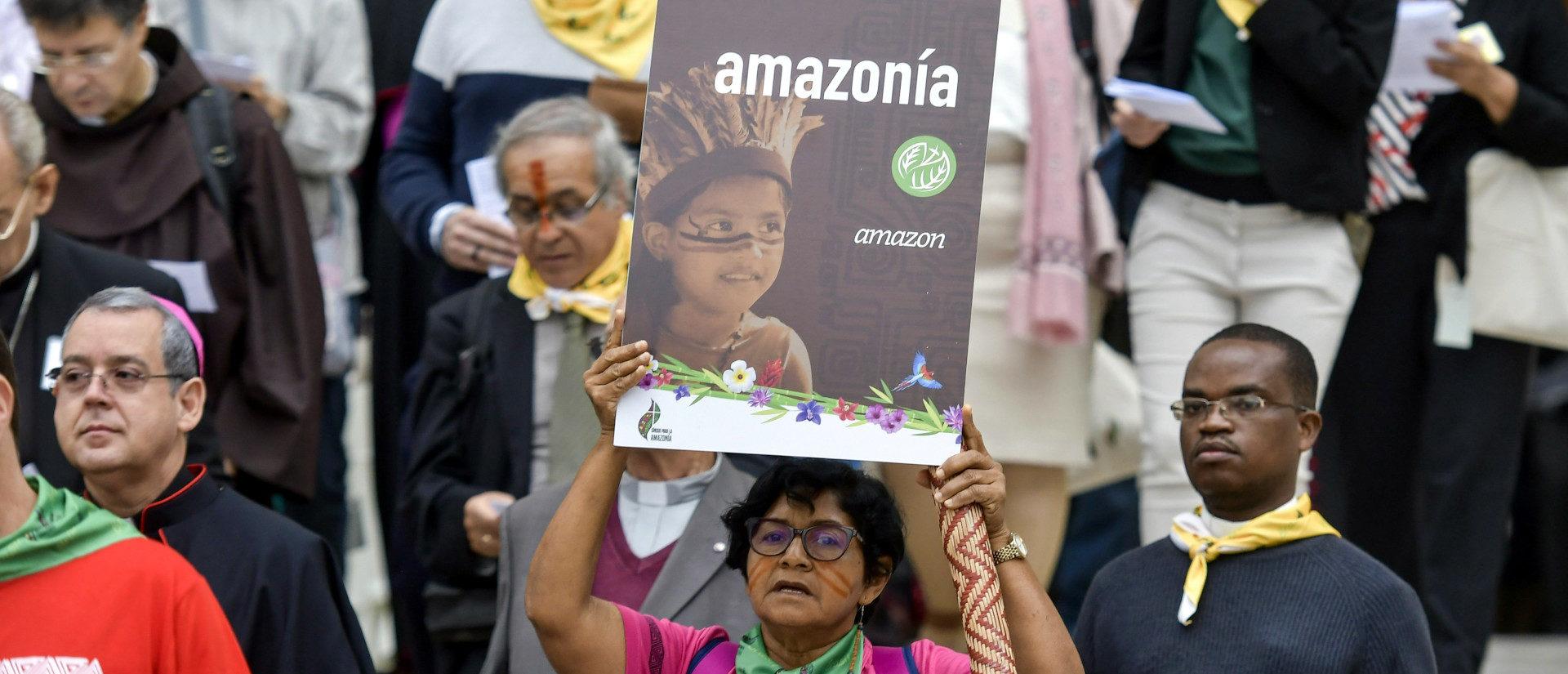 Teilnehmer an der Amazonas-Bischofssynode 2019.   ©KNA