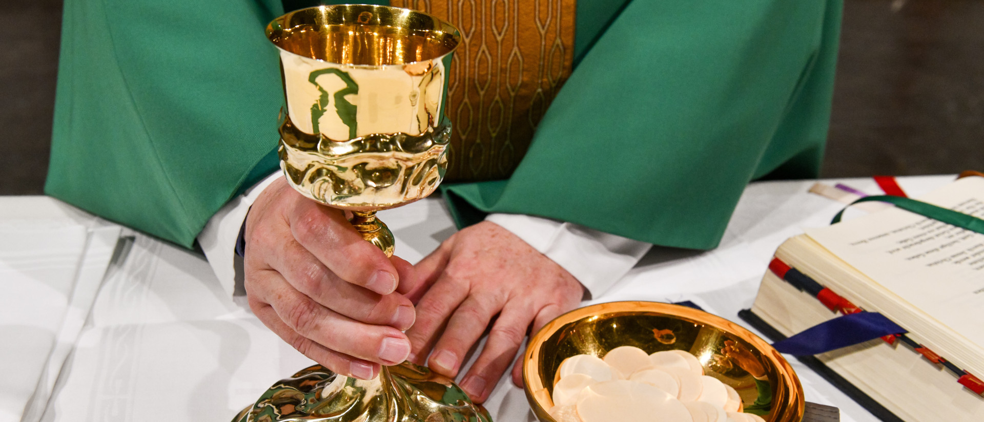 Das Sakrament der Eucharistie.