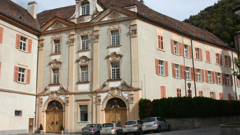 L'évêché de Coire (Photo: Bernard Bovigny / 2014)