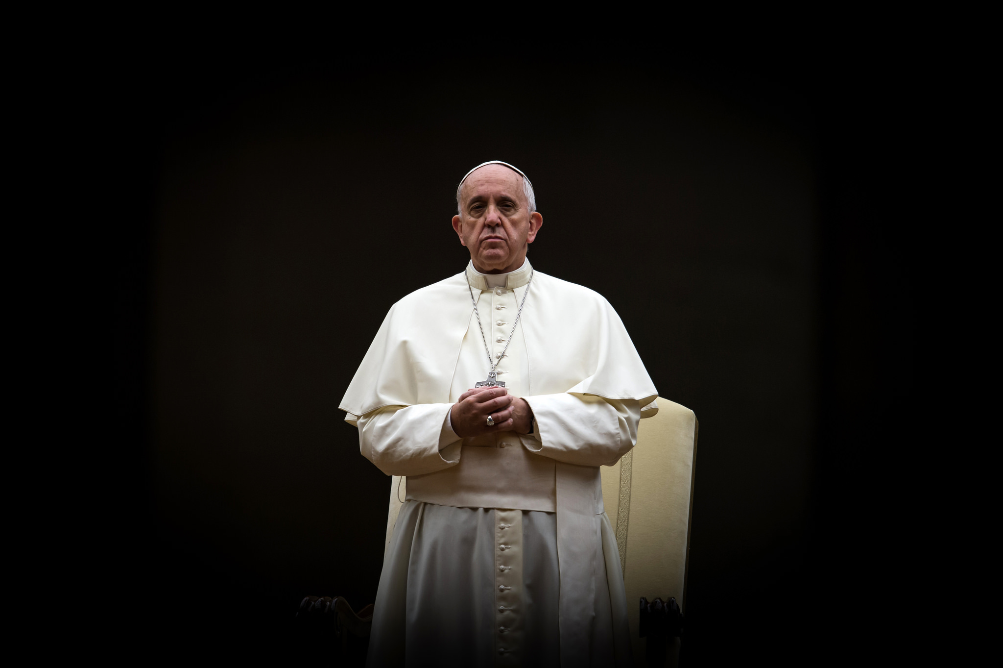 s isme en italie le pape souhaite se rendre aupr s des sinistr s. Black Bedroom Furniture Sets. Home Design Ideas