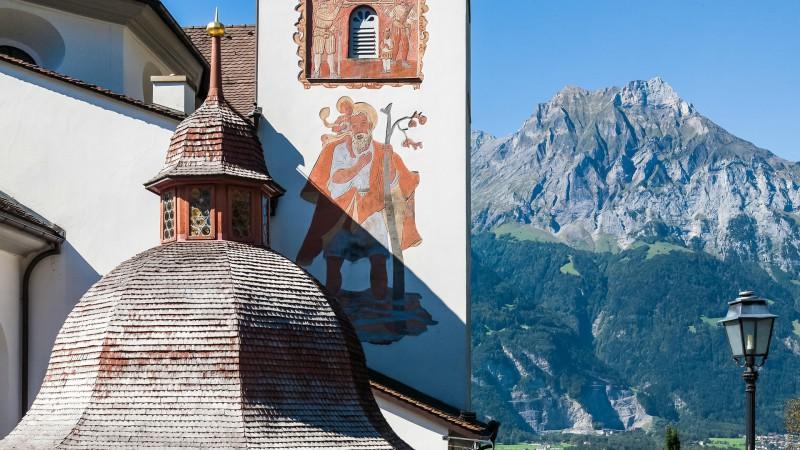 """Le curé de Bürglen, dans le canton d'Uri, devra reprendre la route avant l'été (Photo: Brigitte Djajasasmita/Flickr/<a href=""""https://creativecommons.org/licenses/by-nc-nd/2.0/legalcode"""" target=""""_blank"""">CC BY-NC-ND 2.0</a>)"""
