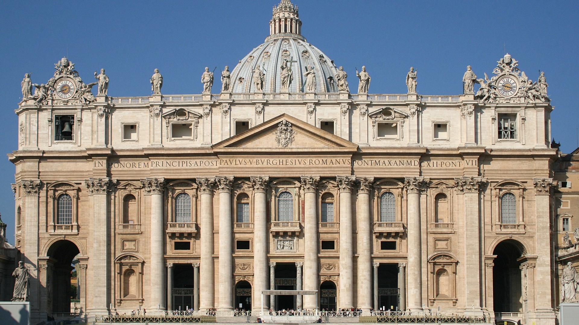 Reconnaissance de la porte sainte avant le jubil de la - Les beatitudes une secte aux portes du vatican ...