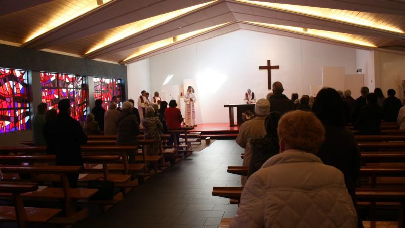 Messe de Carême aux heures de midi à l'église de Notre-Dame de la Paix à La Chaux-de-Fonds (Photo: Bernard Bovigny)