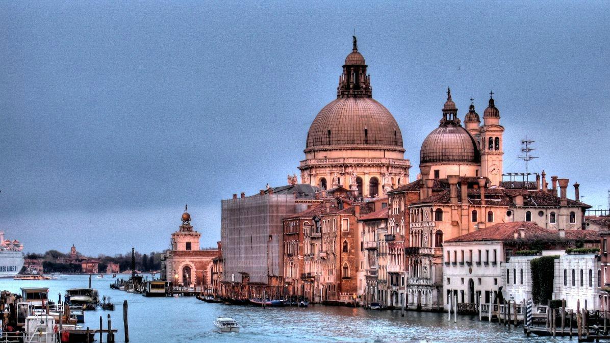 Venise A La Biennale Le Saint Si 232 Ge Pr 233 Sentera Des