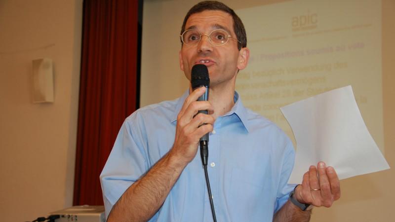 Danilo de Simone, ancien administrateur de Kipa-Apic, lors de l'assemblée générale d'Olten (Photo: Jacques Berset)