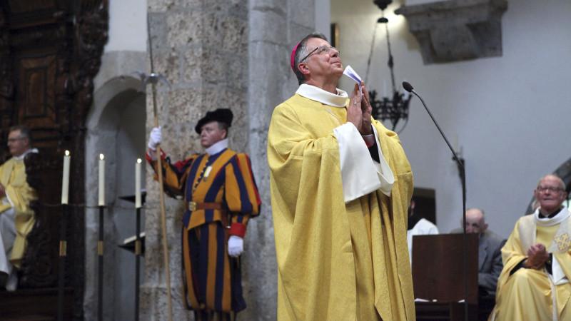 """Le père-abbé a évoqué ces """"merveilleuses heures à l'agenda du Bon Dieu"""" (Photo: Bernard Hallet)"""