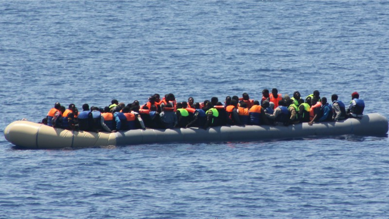"Quel regard sur le sort des migrants? (Photo: Flickr/Irish Defence Forces/<a href=""https://creativecommons.org/licenses/by/2.0/legalcode"" target=""_blank"">CC BY 2.0</a>)"