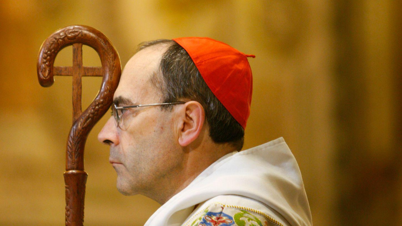 La Justice en robe d'hermine et bonnet d'or Philippebarbarin