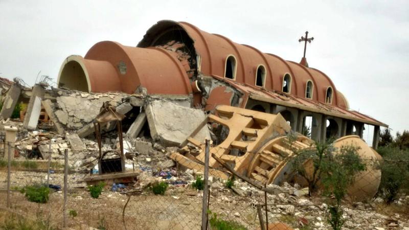Syrie Destruction de l'église Ste-Marie à Tel-Nasri,  dans la région de Hassaké, par Daech, l'Etat islamique (Photo: AED France)