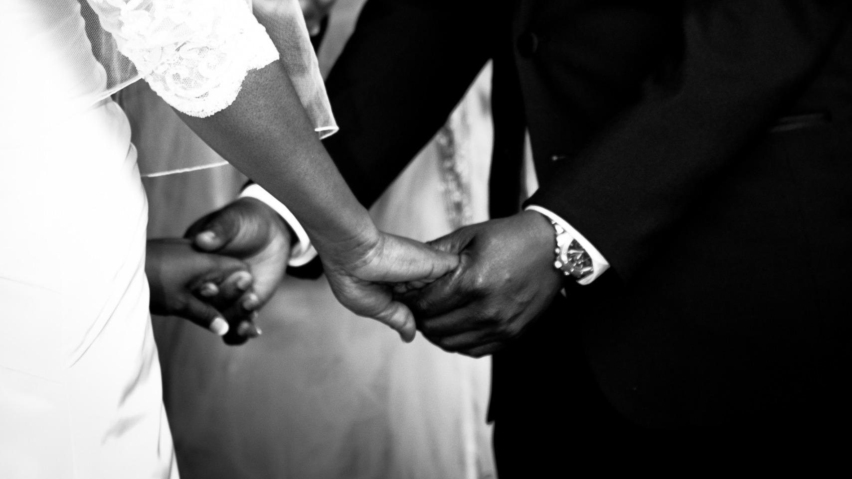 Demander des mariées voile noir