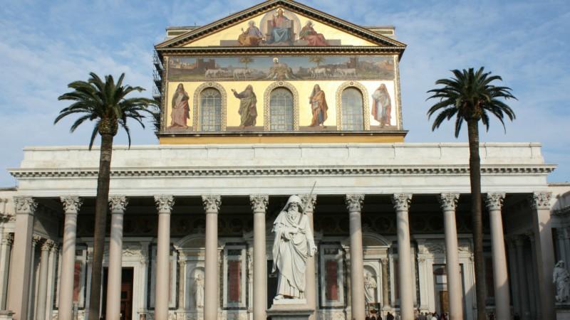 La basilique de Saint-Paul-hors-les-murs fait partie des biens extra-territoriaux du Saint-Siège (Photo:Bernard Bovigny)