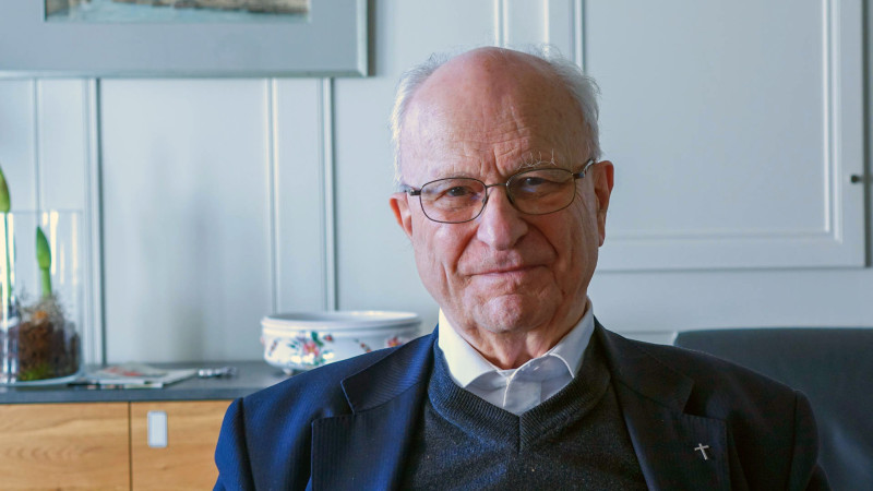 Le Père jésuite Bernard Sesboüé est l'auteur d'une quarantaine de livres de théologie et de spiritualité (photo Maurice Page)