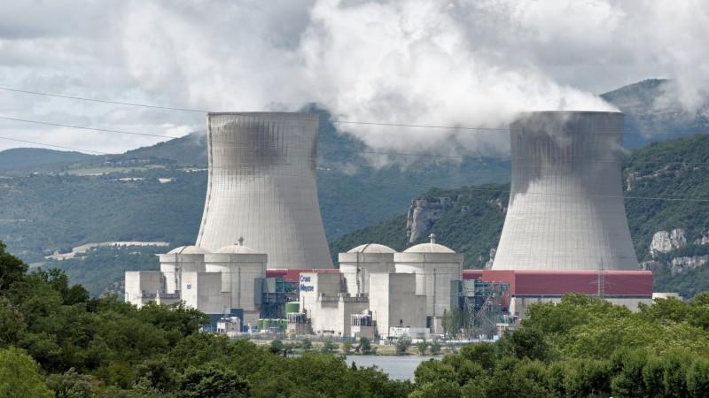 Centrale nucléaire de Cruas Meysse, en France (photo wikimedia commons Yelkrokoyade, CC BY-SA 2.0)