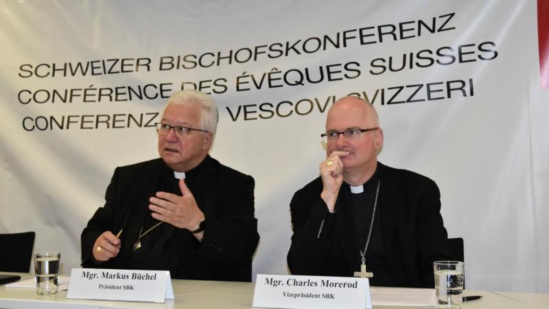 Conférence des évêques suisses Mgr Büchel et Mgr Morerod (Photo:  Jacques Berset)