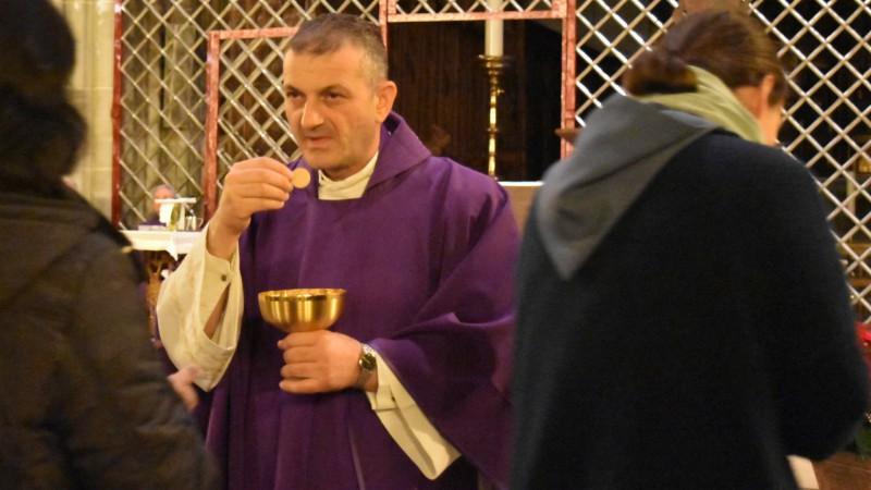 Le Père Jacques Mourad à la cathédrale Saint-Nicolas de Fribourg (Photo:  Jacques Berset)