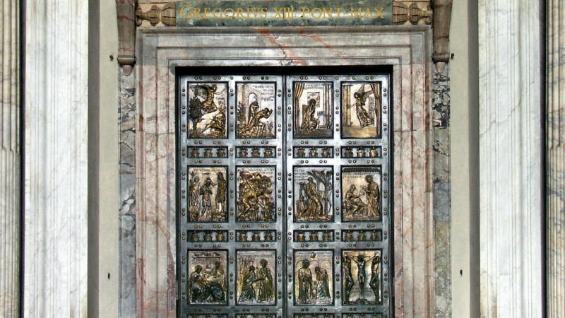 Rome Porte sainte de la Basilique Saint-Pierre (Photo: Dnalor 01 wikipedia)