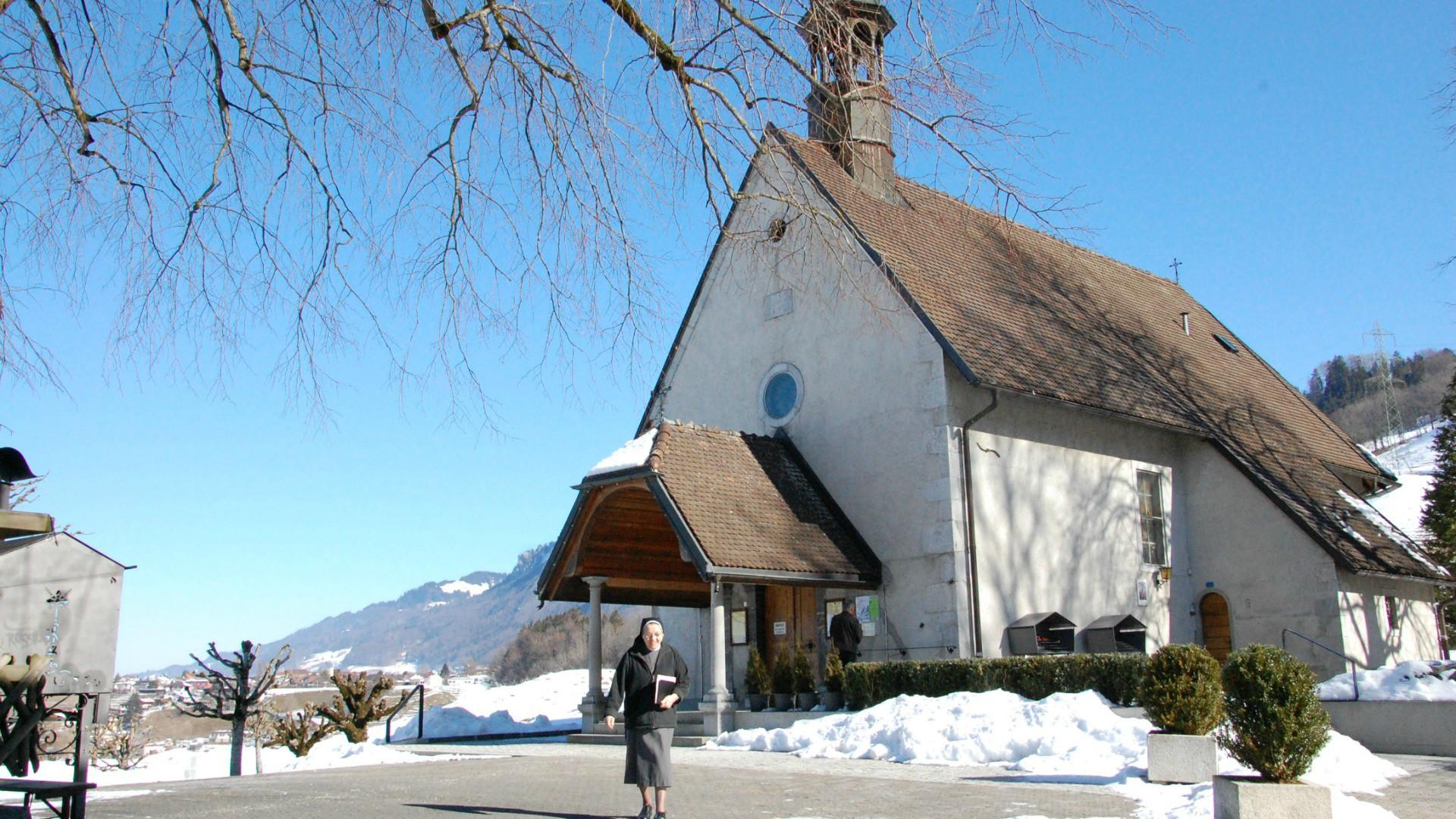 Jubil les sanctuaires assure le pape doivent tre une - Eglise la porte ouverte culte en direct ...