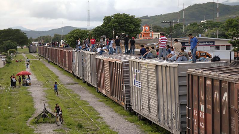 """Le """"Train de la mort"""" qui relie le sud du Mexique à la frontière avec les Etats Unis. Beaucoup de migrants honduriens l'empruntent. (Photo: Jean-Claude Gerez)"""