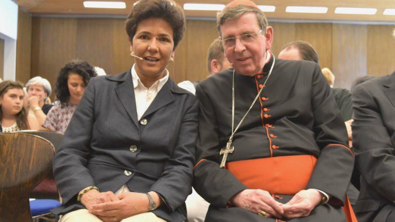 Pèlerinage 2016 d'AED à Einsiedeln Saïda Keller-Messahli avec le cardinal Kurt Koch (Photo:  Jacques Berset)